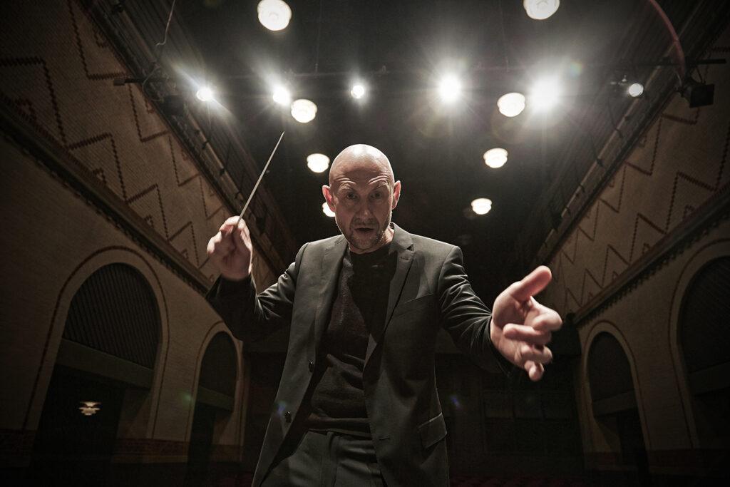 David Riddell, conductor