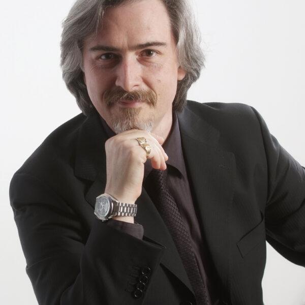 Fabio Previati, baritone