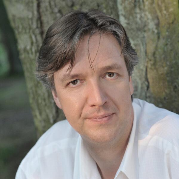 Gregor Bühl, conductor