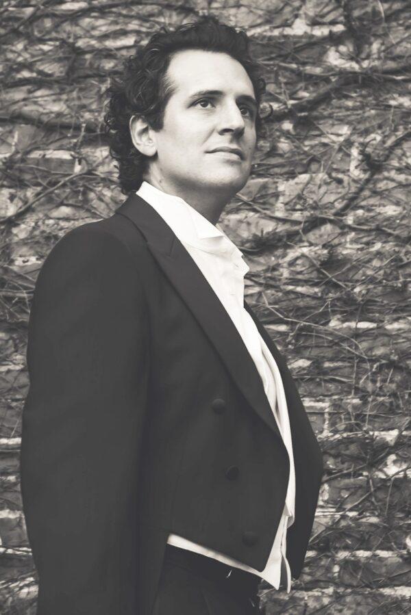 Leonardo Ferrando, tenor