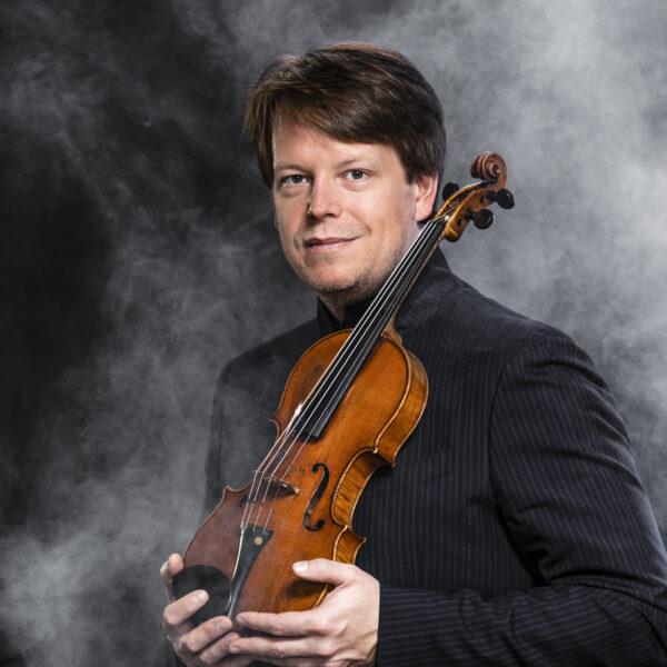 Tobias Ringborg, conductor & violinist